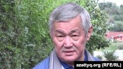 Аким Актюбинской области Бердыбек Сапарбаев.