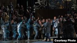 Imagine din spectacolul de la Mariinsky Teatr (Foto: Rustam Adagamov/ http://drugoi.livejournal.com/3733664.html#cutid1)