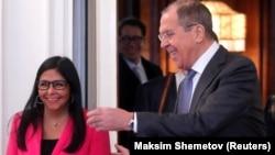 Venesuelanın vise-prezidenti Delcy Rodriguez martın 1-də Moskvada Rusiya xarici işlər naziri Sergei Lavrovla görüşüb