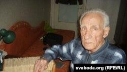 Іван Якаўлевіч Лепешаў (1924-2014), мовазнаўца, аўтар больш як 600 навуковых публікацыяў, 47 навуковых кніг.