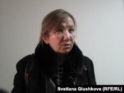 Ботагоз Бейсенбаева, адвокат Анар Мешимбаевой. Астана, 27 января 2014 года.