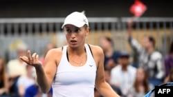 Казахстанская теннисистка Юлия Путинцева на турнире Australian Open в 2019 году.