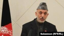Presidenti Hamid Karzai fton për qetësi