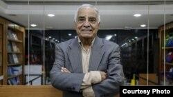 صفدر تقیزاده، مترجم و نویسنده ایرانی