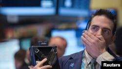Трейдер на Нью-Йоркской бирже