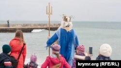 Шестой крымский заплыв «моржей» в Феодосии