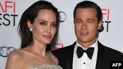 Amerikaly aktýorlar Angelina Jolie we Brad Pitt