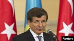 Թուրքիայի արտգործնախարար Ահմեդ Դավութօղլու