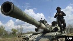 از بهار ۱۳۹۲، که درگیریهای مسلحانه در شرق اوکراین آغاز شد، تا کنون، بیش از ۱۰ هزار نفر جان خود را از دست دادهاند