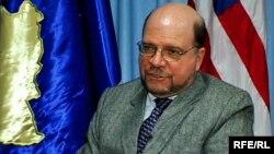 Ambasadori i SHBA-ve në Kosovë, Kristofer Dell.
