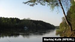 Першыя рыбаловы на Нёмане. Травень, 2013