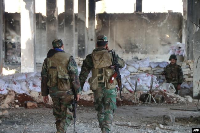 Бойцы армии Асада в провинции Идлиб. Февраль 2020 года