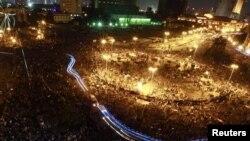 Площадь Тахрир в Каире, где третий день продолжаются беспорядки