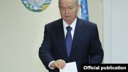 Ўзбекистон Ахборот агентлиги президент Ислом Каримов Тошкент шаҳридаги 644-сонли участкада овоз берганини хабар қилди.