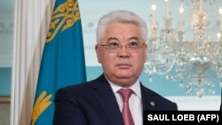 Бейбіт Атамқұлов.