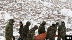 Kosovo: Lavina usmrtila 10 ljudi, djevojčica spašena