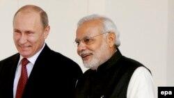 Россия Президенти Владимир Путин ва Ҳиндистон Бош вазири Нарендра Моди.