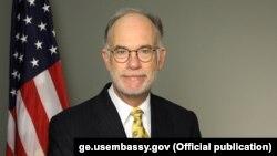 راس ویلسن، شارژدافیر سفارت امریکا در کابل