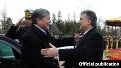 Алмазбек Атамбаев и Абдуллах Гюль, Анкара, 13 января 2012г.