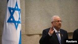 Իսրայել - Ռեուվեն Ռիվլինը Քնեսեթում պաշտոնական արարողության ժամանակ ստանձնում է Իսրայելի նախագահի պաշտոնը, Երուսաղեմ, 24-ը հուլիսի, 2014թ․