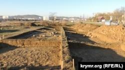 Керч, археологічні розкопки на території будівництва траси «Таврида», квітень 2017 року