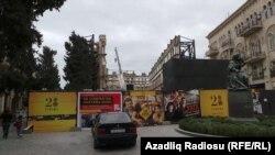 Sökülməkdə olan Azərbaycan kinoteatrının binası