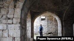 Крепость Нарын-Кала в городе Дербенте. Памятник внесен в список всемирного наследия ЮНЕСКО.