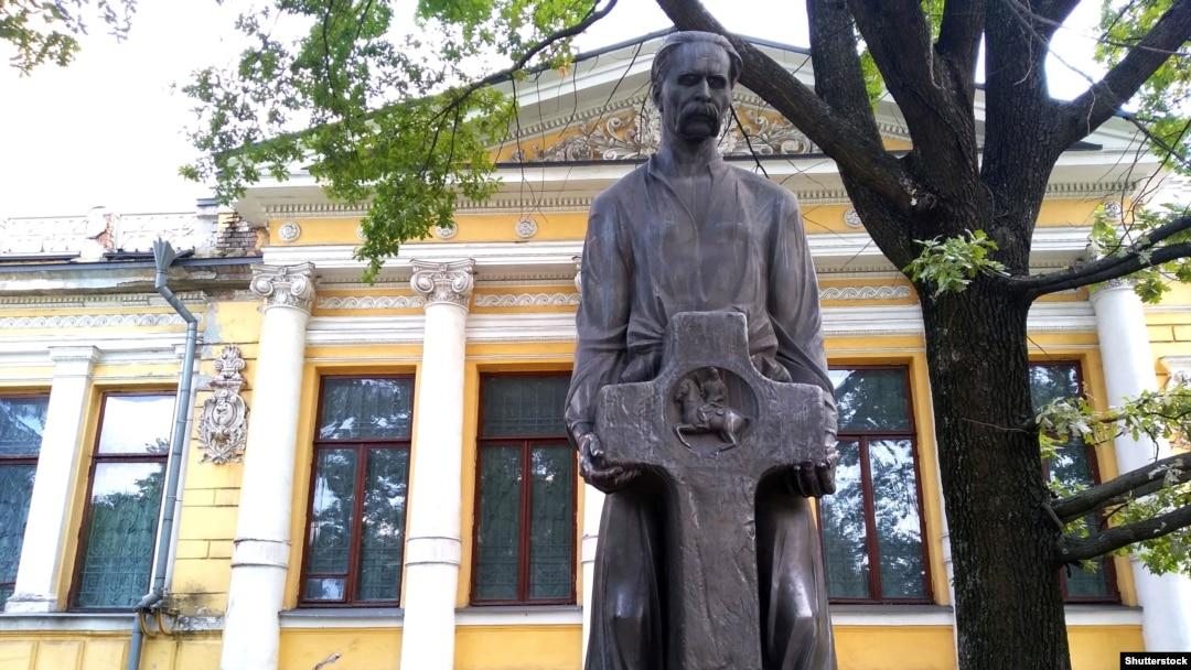 У Дніпрі вшанували пам'ять історика Дмитра Яворницького