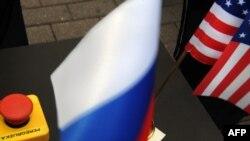"""Кнопка """"Перезагрузка"""", ставшая символом улучшения российско-американских отношений"""
