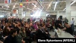 Эдуард Лимонов: встреча с читателями во время выставки Non/fiction