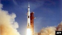 Космический корабль Apollo стартует с астронавтами на борту, 16.07.1969