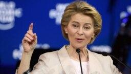 Ursula von der Leyen, președinta Comisiei Europene, a recunoscut, la Forumul de la Davos, că răspunsul Europei la crizele internaționale a fost uneori lent, datorat diviziunii UE