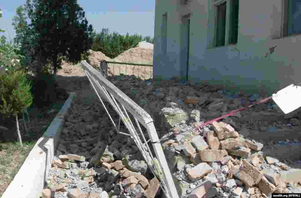Өзбекстан: Риштан районундагы балдар ооруканасы