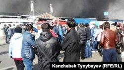 «Құлагер» базарындағы өрт. Алматы, 17 қараша 2013 жыл.
