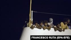 Италиядагы мигранттар.