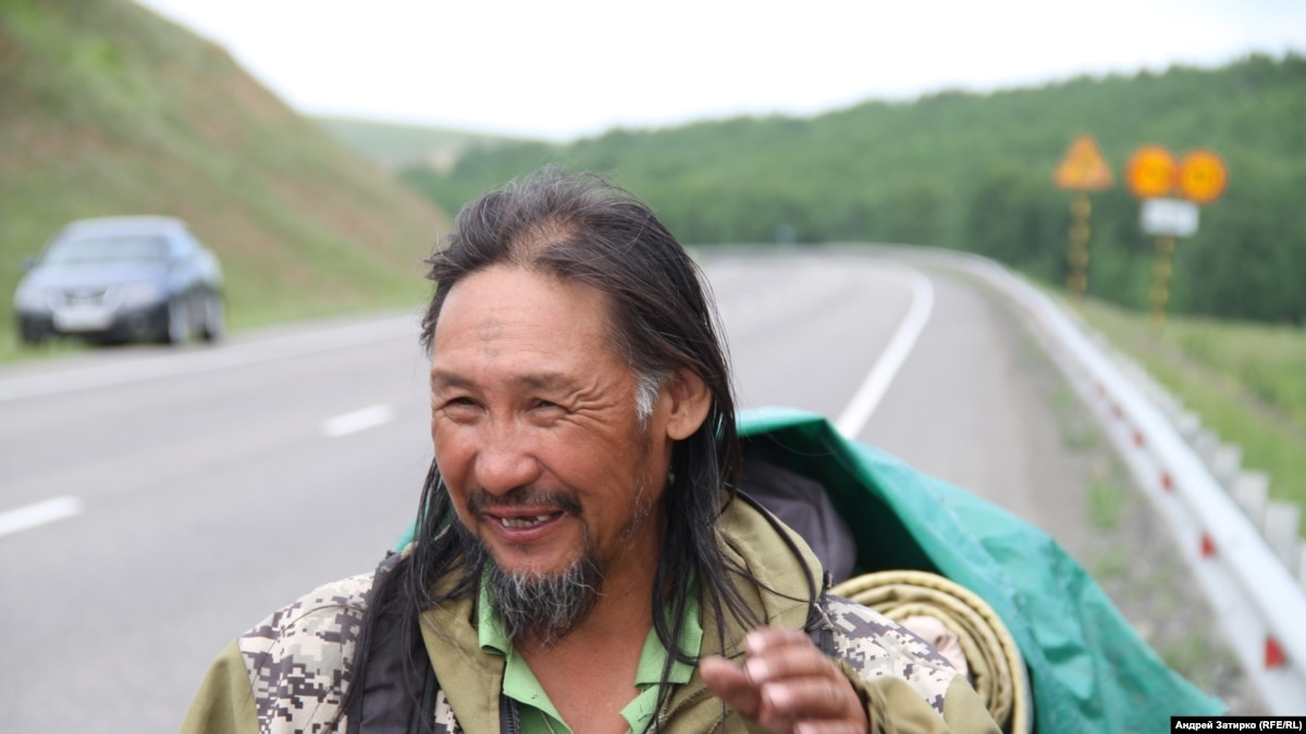 Confined To Siberian City And Facing Extremism Probe, Russian Shaman Urges Putin To Resign