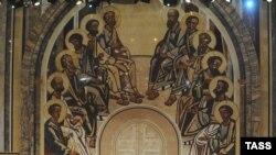Архиерейский Собор назвал трех кандидатов на патриарший престол. На Поместном Соборе может быть назван четвертый