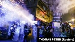 Pamje nga përleshjet në Hong Kong.