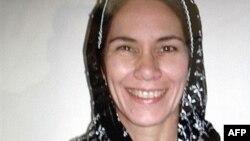 سیدنی مایزل کارمند ادارۀ توسعهیی ایالات متحدۀ امریکا که با راننده اش در کندهار ربوده شدند.