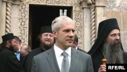 Boris Tadiq në Manastirin e Deçanit, 17 prill '09.
