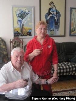 Леанід Шчамялёў са сваёй музай, жонкай Сьвятланай