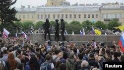 Санкт-Петербургдагы антикоррупциялык демонстрация. 12-июнь, 2017-жыл.