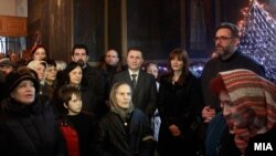 """Премиерот Никола Груевски со сопругата Боркица присуствуваше на свечена божиќна литургија во црквата """"Св. Петка"""" во Скопје, 07 јануари 2013"""