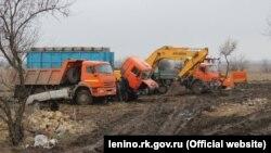 Утилизация мусора в Крыму. Иллюстрационная фотография