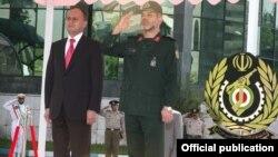 Armenia -- Defense Minister Seyran Ohanian (L) and his Iranian counterpart, Ahmad Vahidi, at the start of his official visit to Tehran, 17July 2010.