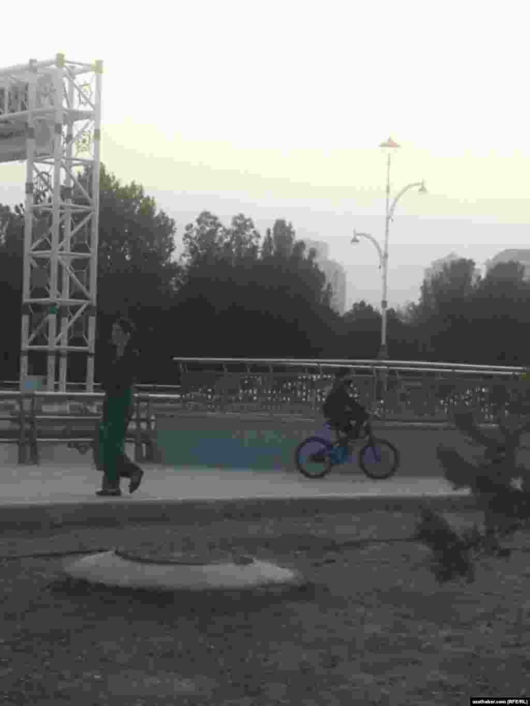 Ашхабадская улица. Октябрь, 2020