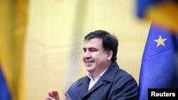 Поранешниот претседател на Грузија Михаил Саакашвили на анти владин митинг во Киев
