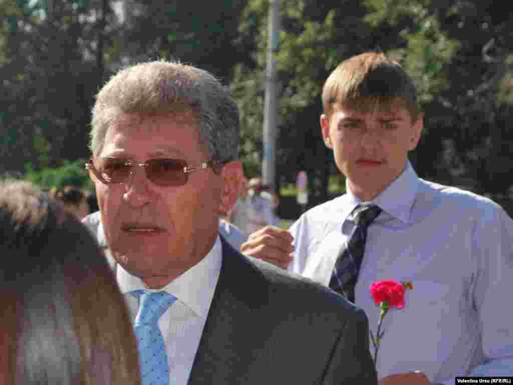 Printre membrii delegaţiilor, liderul Partidului Liberal Mihai Ghimpu