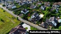 Будинок, який орендує родина Омеляна, розташований під Києвом