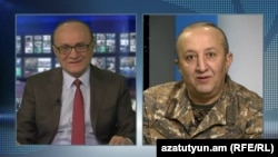 Armenia - Movses Hakobian, deputy chief of staff of the Armenian army, is intevierwed by Hrair Tamrazian, director of RFE/RL's Armenian Service,10Apr,2016